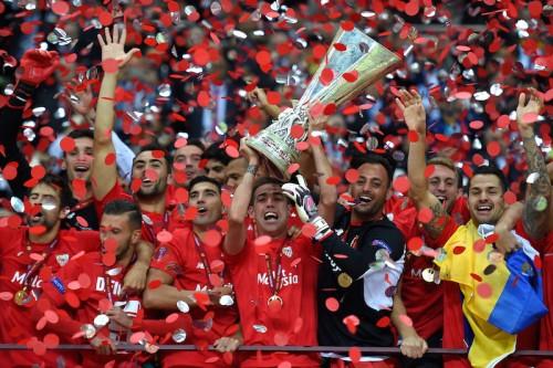 セビージャがEL連覇達成…バッカ2発でドニプロ撃破し4度目の優勝