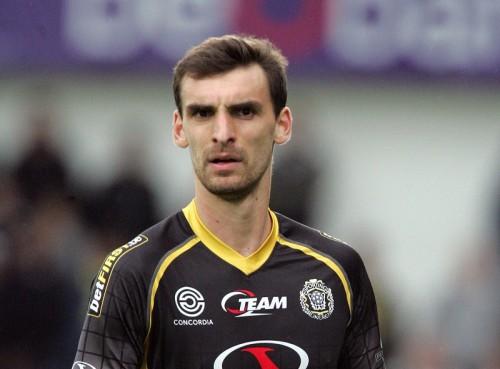 ベルギー期待の若手DFメルテンスが死去…試合中に倒れ処置も及ばず
