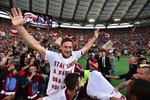 トッティ、宿敵ラツィオに勝利収め興奮「ローマは素晴らしく美しい」