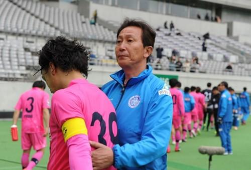 J2水戸が柱谷哲二監督の解任を発表…7戦未勝利の21位に低迷