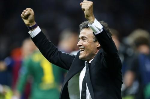 バルセロナ、就任初年度3冠のL・エンリケ監督と2017年まで契約延長