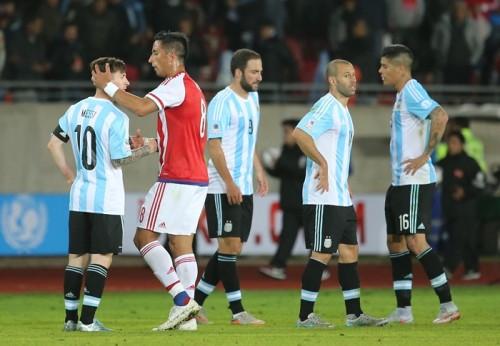 優勝候補アルゼンチン、2点リードからの逃げ切りに失敗しドロー発進