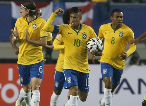 ブラジル、ネイマールが1G1Aの活躍…逆転勝利で大会初戦飾る