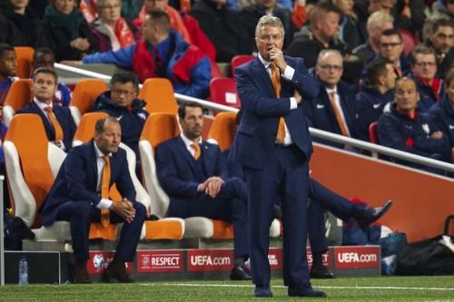 ユーロ予選で成績不振のオランダ代表、ヒディング監督の退任を発表