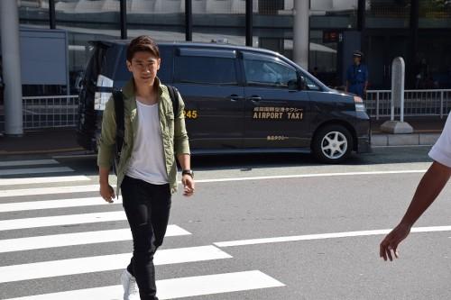 香川真司が帰国、今季は「納得いっていない」…W杯予選は「いいスタートを」