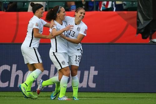 優勝候補アメリカが女子W杯8強進出、イングランドはノルウェーに逆転勝利