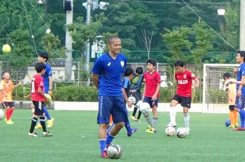 小野伸二がサッカースクールを開校「現役中に子供たちとふれあいたかった」