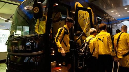 """ラッピングに300万円!? 超クールなチームバスが示したドルトムントの""""本気度"""""""