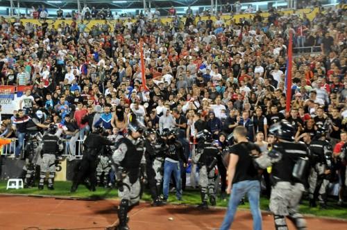 ユーロ予選の没収試合はアルバニア勝利の裁定…スポーツ裁判所が判断