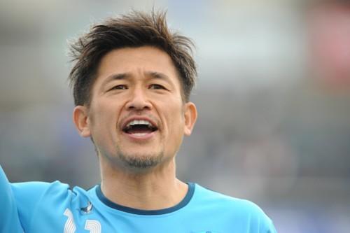 横浜FCのカズ、15試合ぶりの先発出場でJ2通算200試合出場を達成