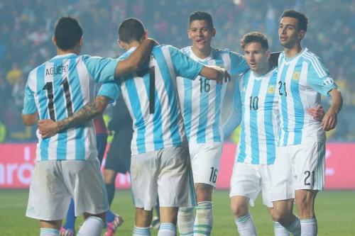 アルゼンチンが決勝進出…メッシ不発も6ゴールでパラグアイを粉砕