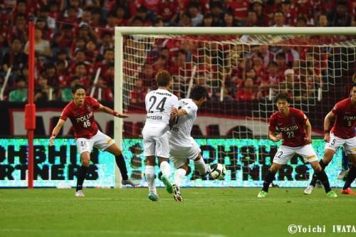 劇的逆転弾の広島MF青山敏弘「僕らにとって浦和は特別なチーム」