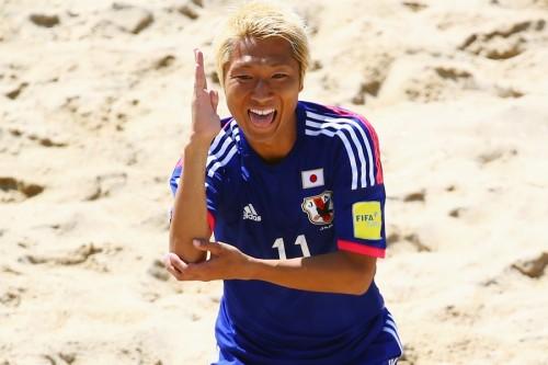 日本が2大会連続の8強進出…後藤の得点などで逃げ切る/ビーチサッカーW杯