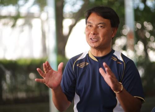 ユニバ日本代表の神川監督「大学サッカーは補完的な立場であり、育成の王道ではない」
