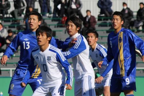 関西学生サッカー新人戦、桃山学院大学らベスト16出そろう