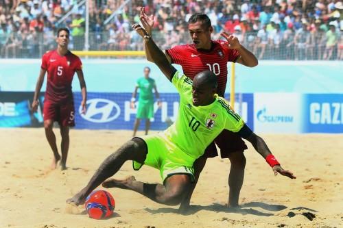 ビーチサッカーW杯開幕、日本代表は開催国ポルトガルとの初戦を落とす