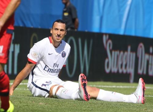 イブラのリーグ開幕戦欠場が決定…仏スーパー杯で右ひざじん帯負傷