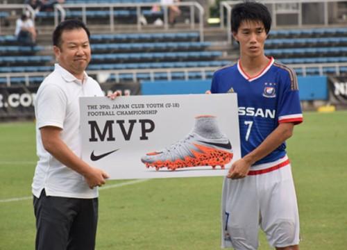 横浜FM遠藤渓太、MVPと得点王の2冠/クラブユースU-18