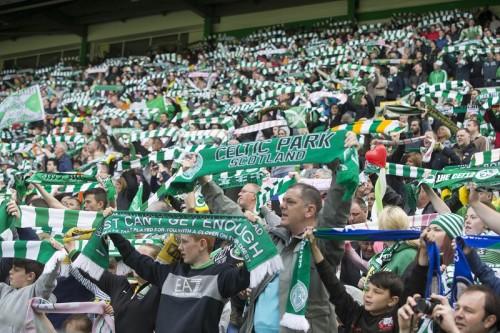 サッカー界で広がる難民支援…バイエルンやドルト、セルティックも