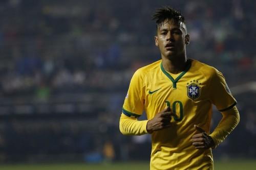 ブラジル代表ネイマール、練習で右ひざ負傷か…8月末に戦列復帰も