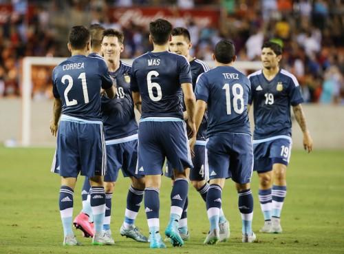メッシ、アグエロ、ラベッシが2得点…アルゼンチンが7ゴールの大勝
