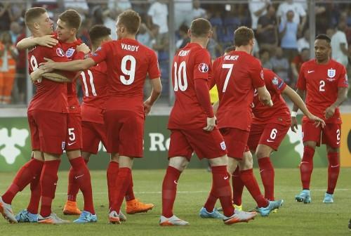 イングランドが無傷の7連勝で本戦進出…ロシアは新監督初陣を白星で飾る/ユーロ予選