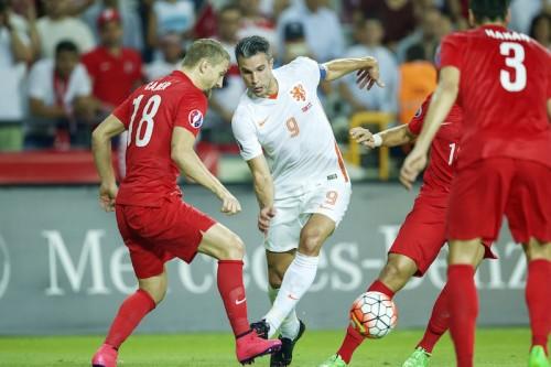 オランダ、2連敗でユーロ予選敗退の危機…ファン・ペルシー「最悪だ」