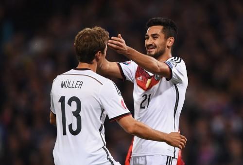 ミュラー2発、ギュンドアンが決勝弾…打ち合い制したドイツが首位をキープ