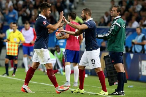 ミス連発のジルーを擁護…フランス代表監督「運に恵まれなかった」