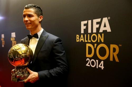 """《サッカー界のなぜ?》世界最高選手の称号""""バロンドール""""はどうやって決まる?"""