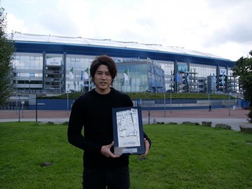 ベストジーニスト受賞の内田篤人「ドイツでしっかりと復帰し、代表で活躍している姿を」