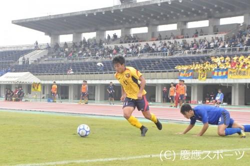 慶應大が理想的な形で2得点を奪い、神奈川大に快勝…優勝に向け大きく前進/関東大学リーグ1部第17節