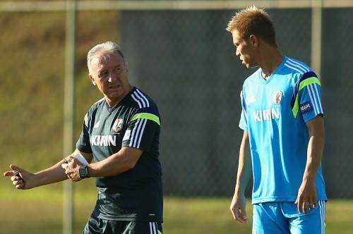 ザッケローニ氏が本田の発言に言及「彼はクラブを助けようとした」