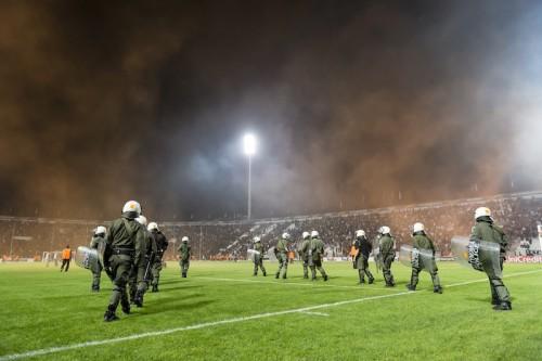 ドルトムントにELで無観客試合の処分か…PAOK戦でサポーターが問題行為