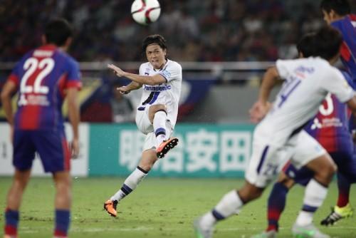 「サッカーは年齢じゃない」…進化を止めない遠藤保仁、J歴代最年少で500試合出場へ