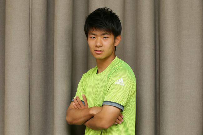 18歳で開幕スタメン、茂木駿佑が...