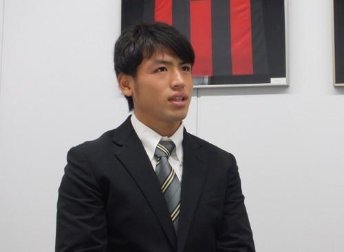長崎加入内定の流経大MF中村慶太、フランス留学で深めた自信「ドリブルは間違いなく通用した」