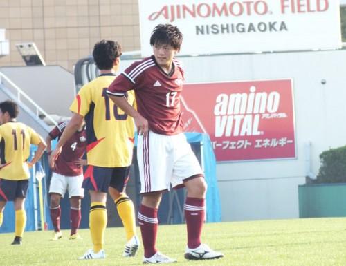 【大学サッカー/注目選手】積極的にサイドを切り裂く若きアタッカー、MF相馬勇紀が早稲田大の勝利を呼びこむ