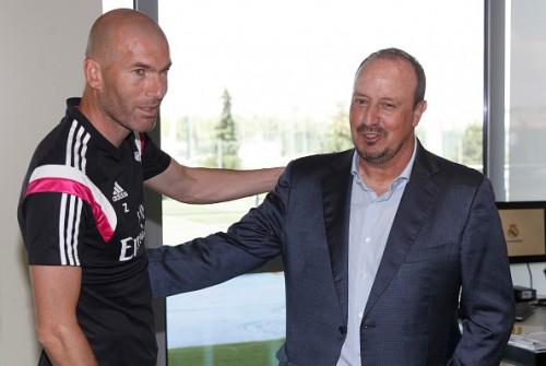 ジダン氏、レアルの監督就任を否定「マドリーを率いるには多くのものが欠けている」