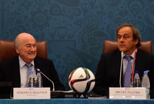 ブラッター氏とプラティニ氏、サッカー活動6年間禁止の可能性浮上