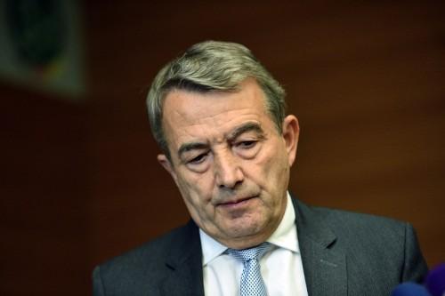 ドイツ連盟の会長が辞任…W杯招致の不正疑惑で「連盟を守るため」