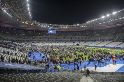 仏テロ事件を受けサッカー界から続々メッセージ…アンリ氏「愕然としている」