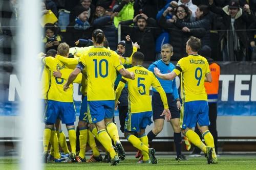 スウェーデンがイブラ弾で北欧対決に先勝…デンマークは終盤の得点で望み繋ぐ