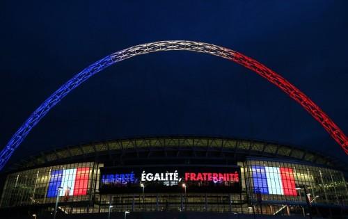 イングランドサポーターもフランス国歌を斉唱へ…会場には英訳掲載
