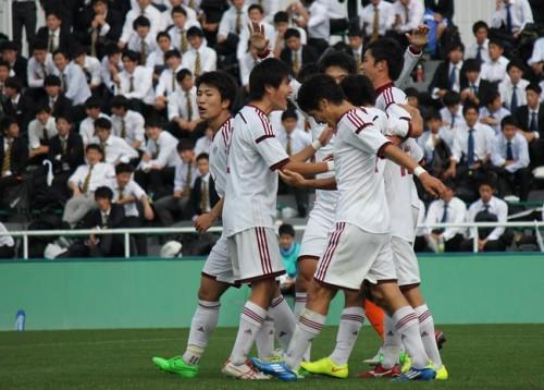 早稲田大、山内寛史の2得点で法政大に勝利し19年ぶりのリーグ優勝を果たす/関東大学リーグ
