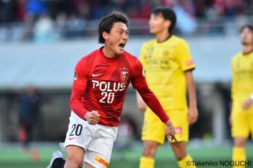 途中出場から決勝弾…3戦連発の李忠成「絶対にヒーローになるんだ」