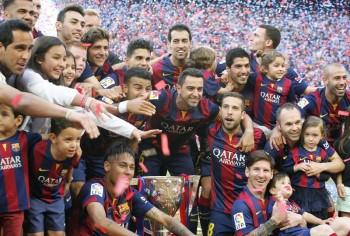 Celebración del Barça como campeón de liga 2014 2015 y homenaje de despedida Xavi Hernandez en el Camp Nou
