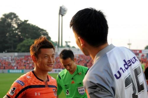 J2優勝の大宮、元日本代表FW播戸と契約更新「来年も全てを捧げる」