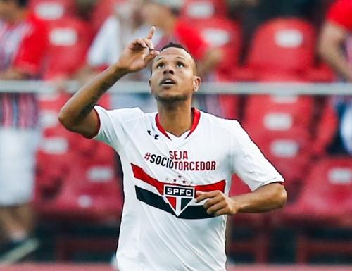 中国2部も大物獲得…元ブラジル代表のL・ファビアーノが移籍発表