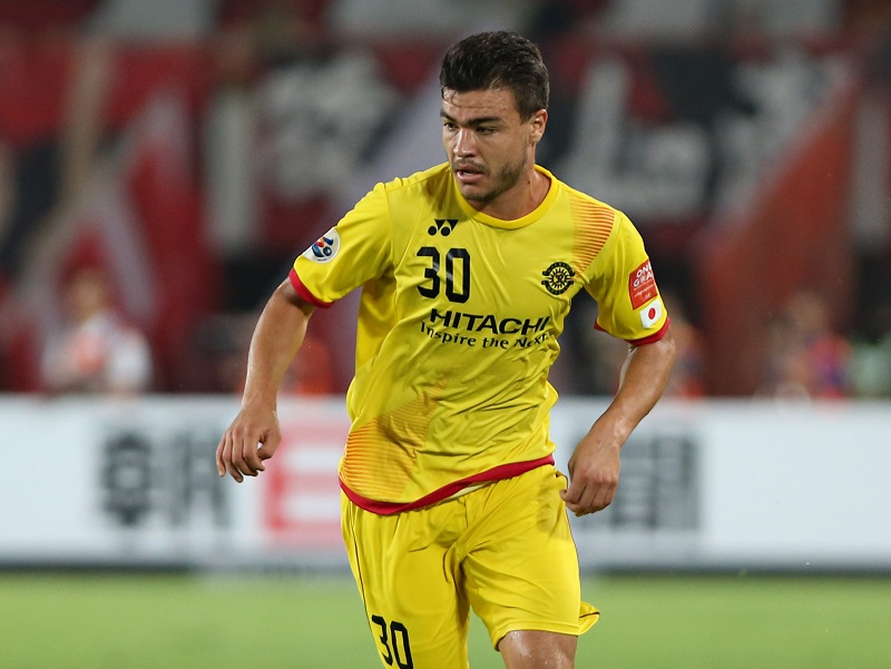 GUANGZHOU, CHINA - SEPTEMBER 15: Cristiano Da Silva of Kashiwa Reysol in action during the Asian Champions League Quarter Final match between Guangzhou Evergrande and Kashiwa Reysol at Tianhe Stadium on September 15, 2015 in Guangzhou, China.  (Photo by Zhong Zhi/Getty Images)